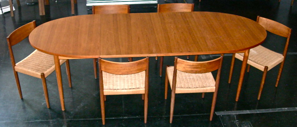Vintage Solid Wood Oval Dining Table W 2 Leaves Made In Canada Paired With 7 Danish Chairs Woven Rope Seats