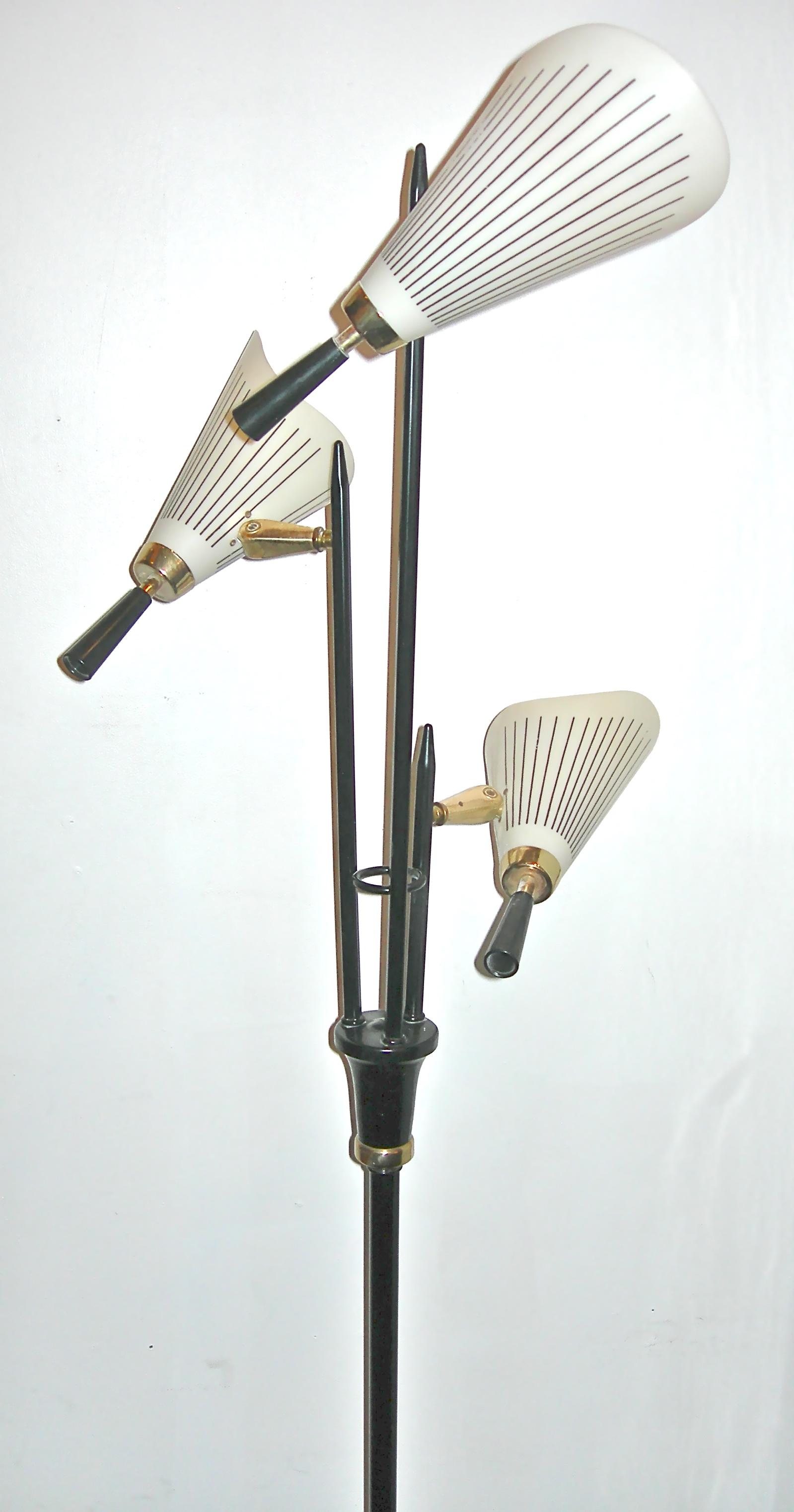 Vintage 3-headed cone floor lamp, SOLD
