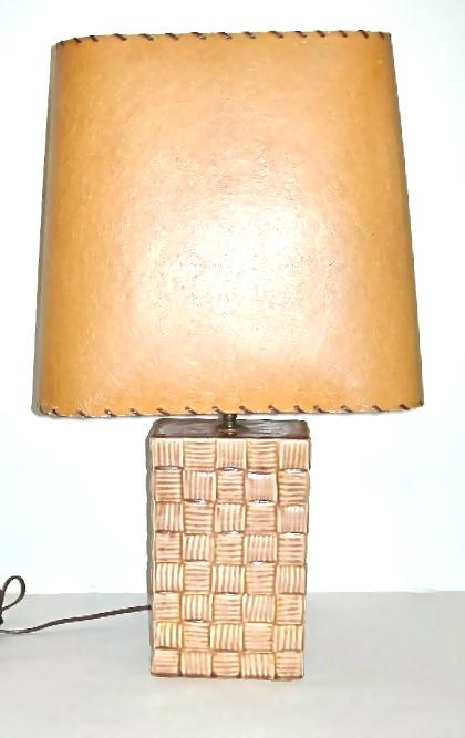 Vintage tan ceramic basketweave lamp w/fiberglass shade, $68
