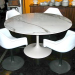 Vintage marble top tulip table w/4 tulip shell chairs