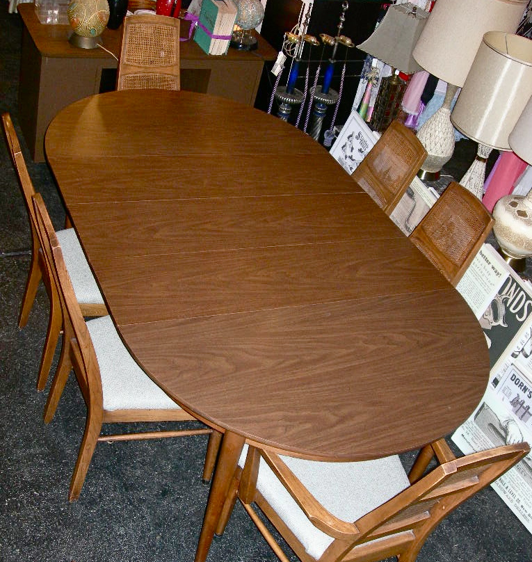 Vintage dining table with three leaves and 6 chairs, SOLD