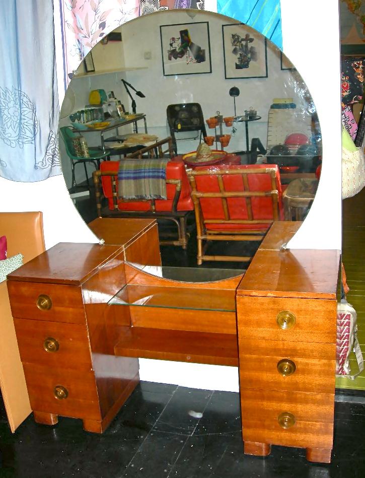 Vintage Wood Vanity Wbig Round Mirror Nvision Cincinnati