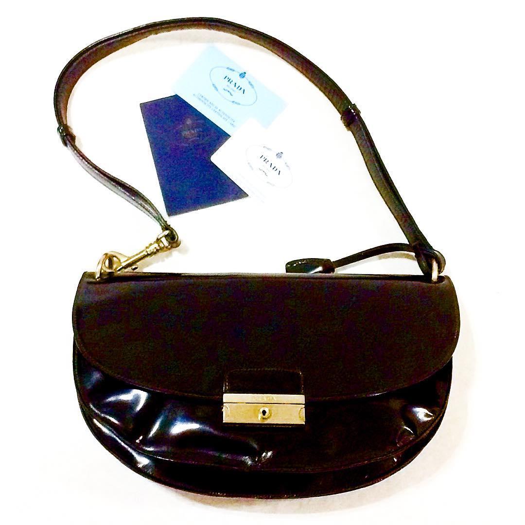 Prada classic black leather shoulder bag – NVISION  fda0968facc12