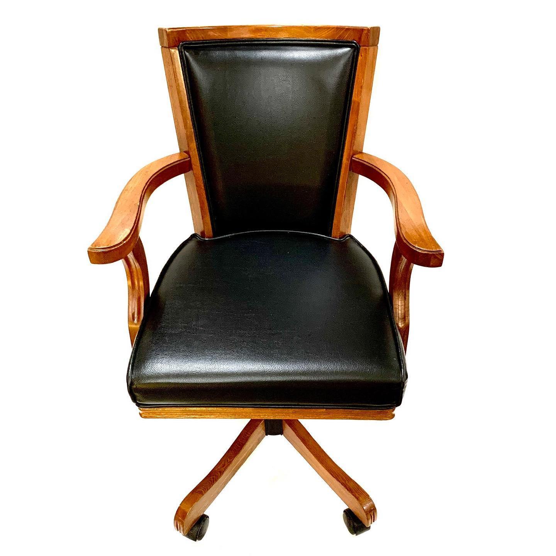 Adjustable height swivel desk chair